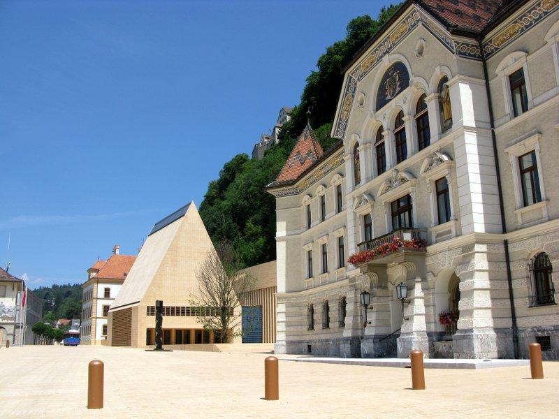 Vaduz_Liechtenstein.jpg