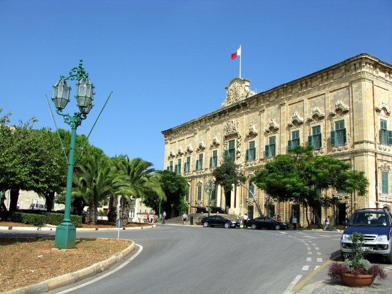 Valetta_Malta.jpg